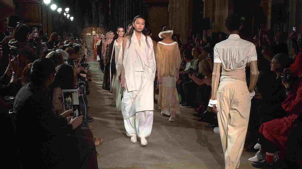 uma wang fashion show paris fashion week